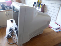 """19"""" SAMSUNG CRT monitor free to good home"""