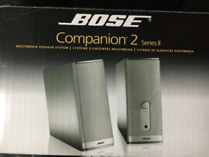 Speakers Bose Companion 2. Desktop / Small set of Speakers.