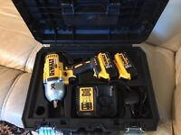 Dewalt DCF899P2 impact wrench 1/2 inch socket brand new