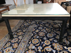 "Coffee table - 34"" x 34"" Marble Top"