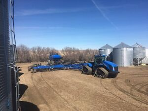 2012 Newholland 2060 Drill and 1070 cart