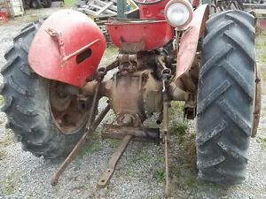 Massey Feruson 50 Gas with P.Steering Sarnia Sarnia Area image 6