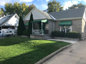 Niagara Falls house for long term rent $1600 + utilities