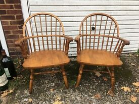 WINDSOR ENGLISH ARMCHAIRS FREE DELIVERY LOVELY QUALITY AND DESIGN 🇬🇧