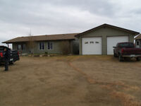 Acreage locate in North end of Central Ave. Just on city limit$