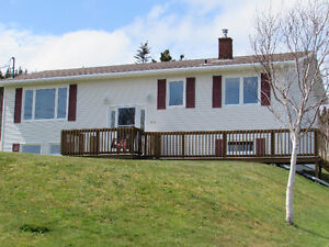 464 MAIN RD., MOUNT CARMEL...COTTAGE COUNTRY.
