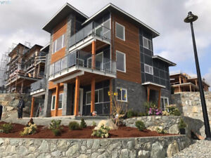Bear Mountain Luxury Home - Langford w/ Legal Suite