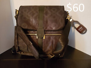 JJ Cole Modern Diaper Bag - New