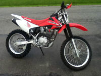 Honda crf 230 negociable!!!