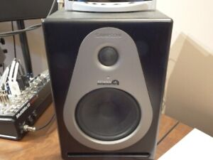 SAMSON Resolv A6 Studio Monitors    Excellent Condition