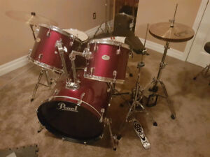 Pearl Forum Kit with Double Bass