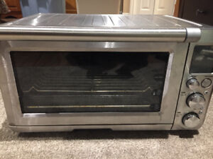 Breville Toaster Oven- like new!