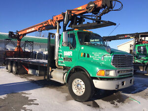 camion-grue Sterling STE avec boom Atlas