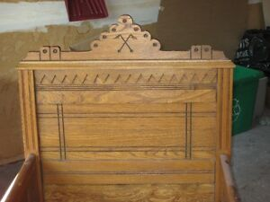 ANTIC CHILD BED-East Lake Period- LIT D'ENFANT ANTIQUE- Gatineau Ottawa / Gatineau Area image 3