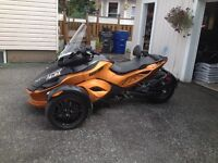 2011 Spyder motorcycle RS
