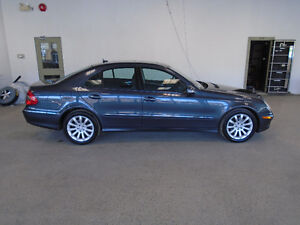 2008 MERCEDES E300 4MATIC! NAVI! ONLY 79,000KMS! ONLY $18,500!!!