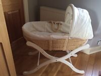 Weaver cream mosses basket and stand