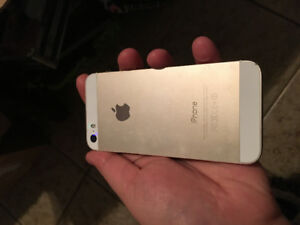 Selling iPhone 5s gold with telus