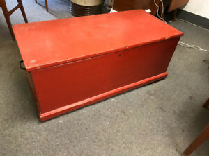 Antique dovetailed blanket box