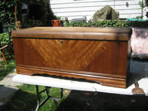 vintage lane cedar chest with tray inside. price is firm.