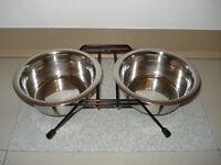 Bol à manger fait en stainless steel