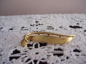 Boucher Gold Tone Brooch