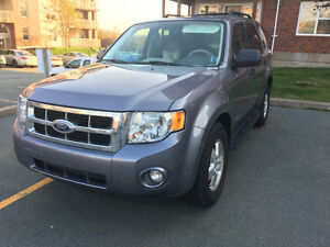 2008 Ford Escape SUV, AWD VERY LOW KM!