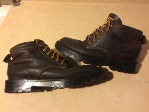 Men's Roots Tuff Brown Hiking Boots Size 9.5 London Ontario image 1