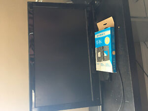 """26"""" Dynex LCD with Wallmount"""