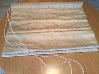 Folding Roman Blind for small window (Silk)