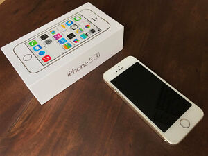 Apple iPhone 5S 32GB in Gold Colour, locked to Bell Kitchener / Waterloo Kitchener Area image 5
