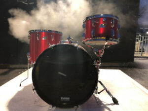 Ludwig Vintage Early 70s Red Silk 3 Ply Drum Kit