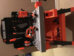Black and Decker Tool Bench