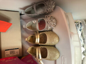 EUC GOLD AND SILVER TODDLER GIRL SHOES