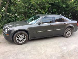 2010 Chrysler 300-Series Sedan