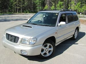 ONLY 57,000km!! Subaru Forester TURBO AWD 240HP!!!