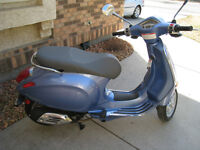 FOR SALE: 2015 Vespa Primavera 50 Scooter Motorbike