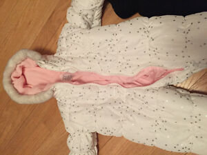 Excellent Condition baby girl snowsuit
