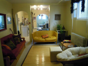 one bedroom broadway area close to U of S and City center