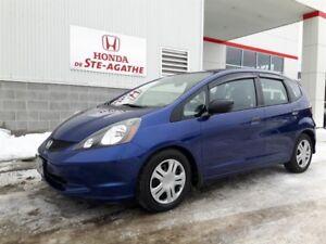Honda FIT Auto DX-A * Pneus hiver, Très logeable, économique 200