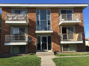 Adult oriented 2 bedroom unit in a 6plex for rent