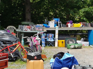 HUGE HUGE YARDSALE AT 40 FENWICK ST IN DARTMOUTH.