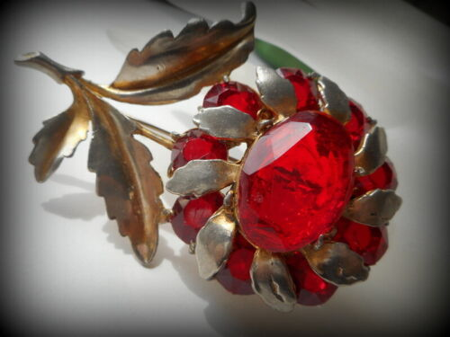 Vintage Huge Art Deco Red Ruby Paste Stones 1930's Pot Metal Brooch