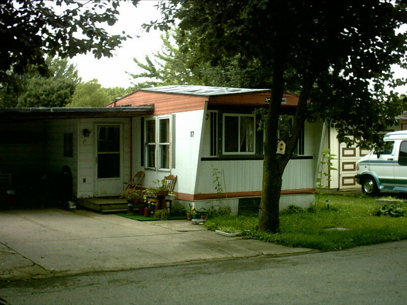 New Cottage Mobile Home In A Year Round Park Houses