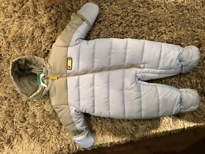 Never worn 0-3 month infant snow suit London Ontario image 1