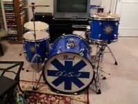 5 pc. Pearl Chad Smith drum set, Sabian cymbals, hardware