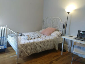 2 BEDRM AVAILABLE in a 3 BEDRM APT BYWARD MARKET DOWNTOWN OTTAWA