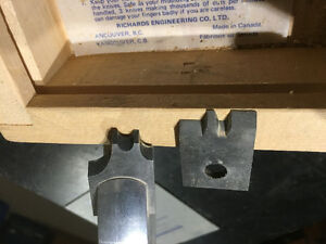 Aluminum Saw head for cutting moulding with two sets of cutters Belleville Belleville Area image 2