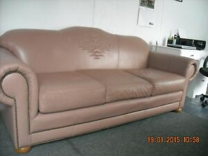 Beautiful leather Couch 4 Sale!