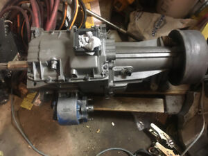 Nv4500 transmission with pto and Cummins input shaft